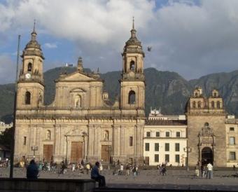BOGOTA. COLOMBIA CON HOTELES DANN 4*
